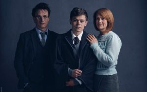 l-r_Harry_Potter_(Jamie_Parker),_Albus_Potter_(Sam_Clemmett),_Ginny_Potter_(Poppy_Miller)-large_trans++P642x9a4zXQRkyaVdo3I2TWirqIBi3L-jQ5m0Ctq1mo